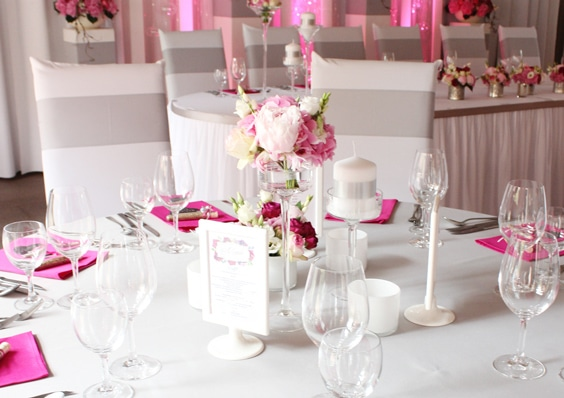 Hochzeitsdeko modern in pink